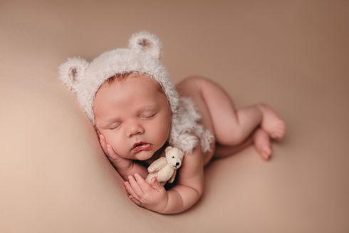 newborn photographer austin tx