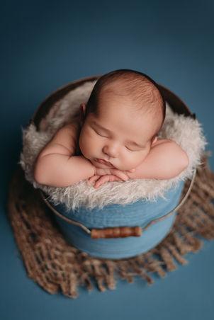 Round Rock TX newborn photos