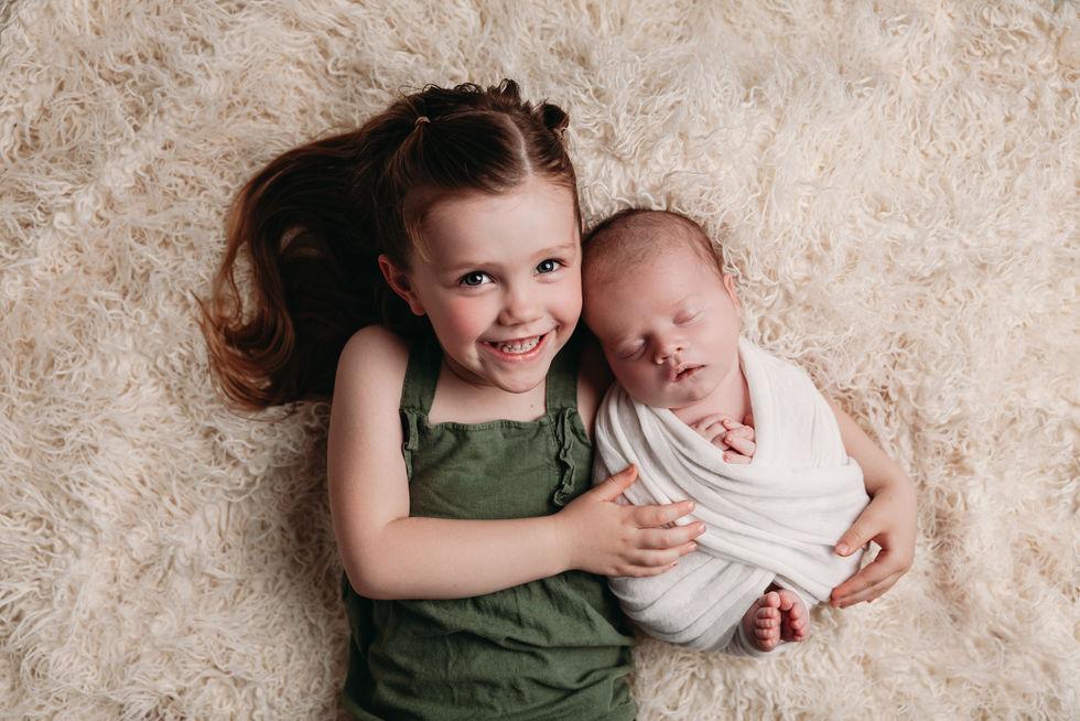 ausstin tx newborn sibling photography