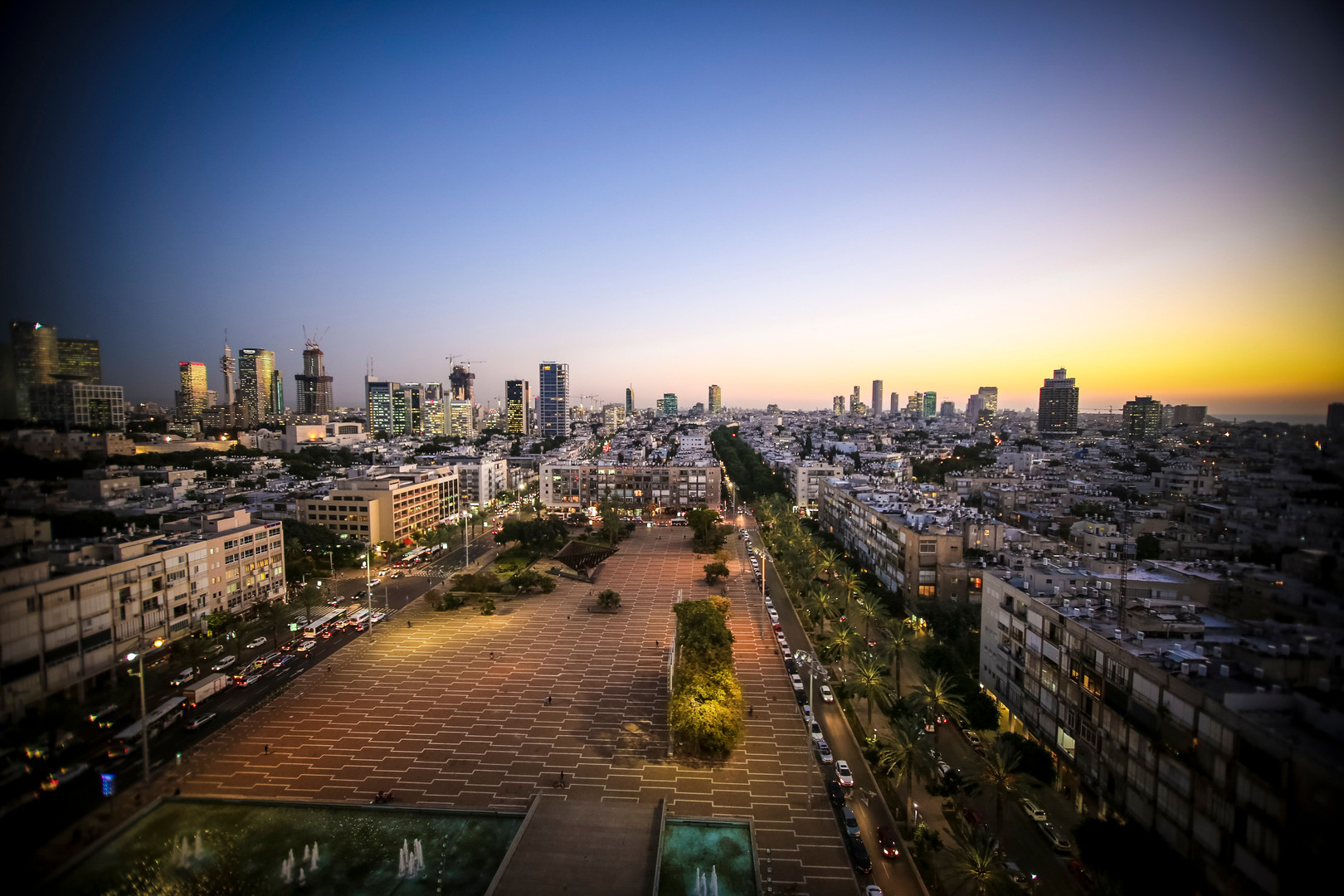 Photo Credit: Guy Yechiely Rabin Square
