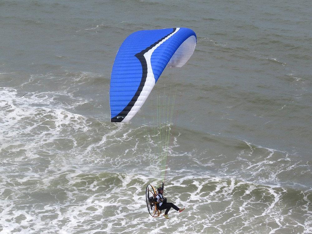 Paragliding / Pre-Powered Paragliding