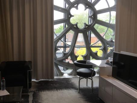 Quand un hôtel investit (encore) une ancienne église...