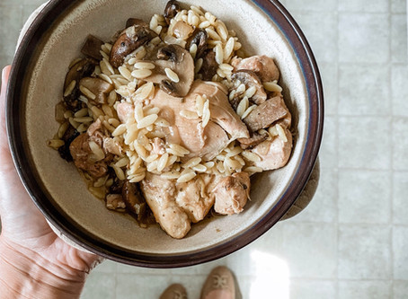 Creamy Mushroom Chicken Crockpot Dish