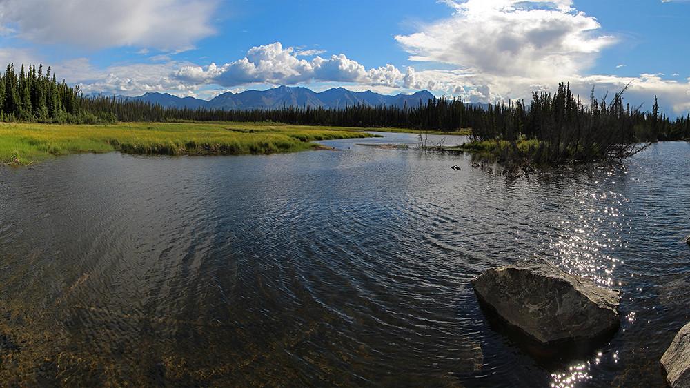 16.9_Alaska Highway.jpg
