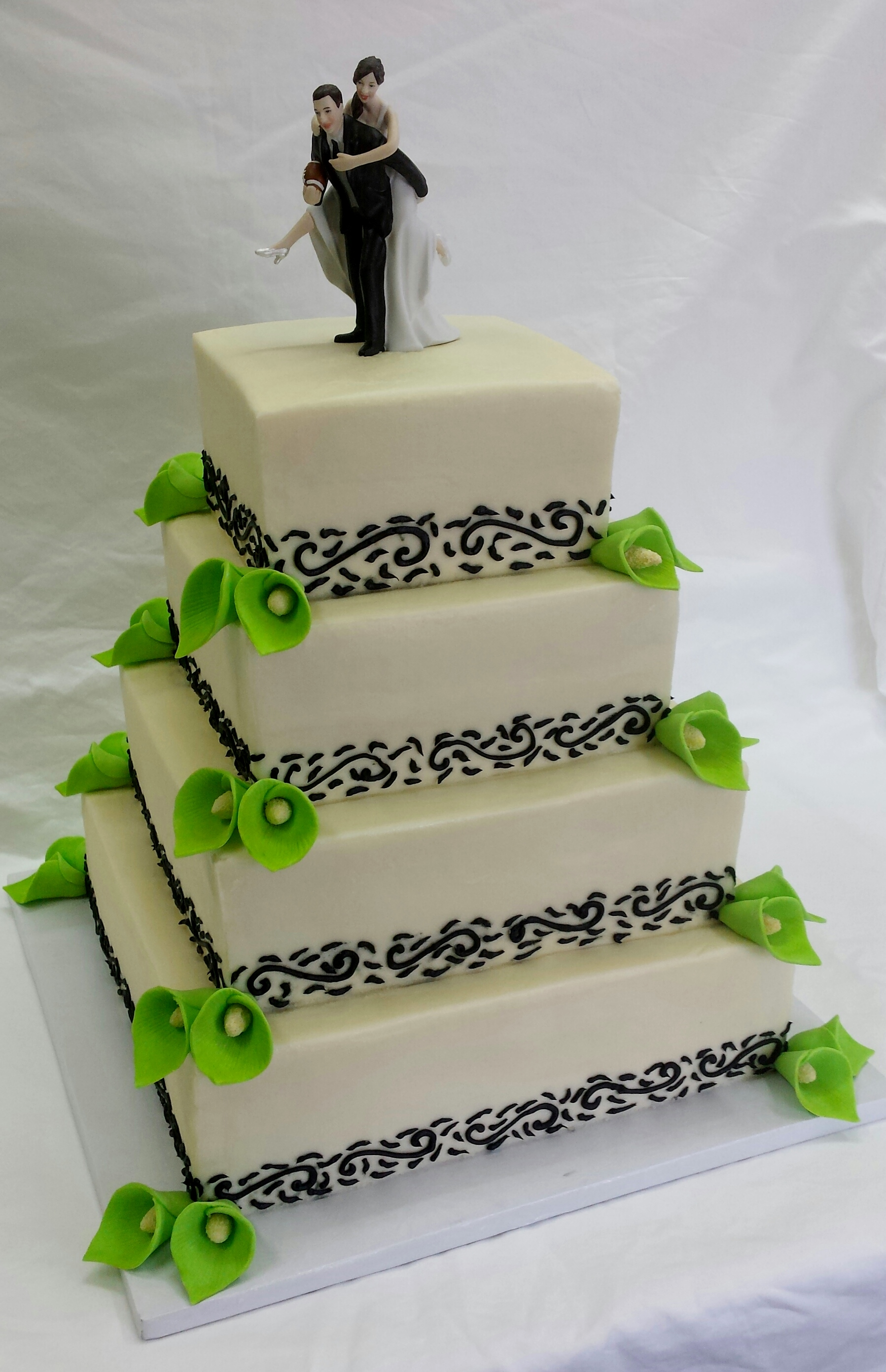 Lime Green Calla Lilies Wedding Cake