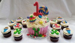 Sweets & Candy Cake and Cupcakes