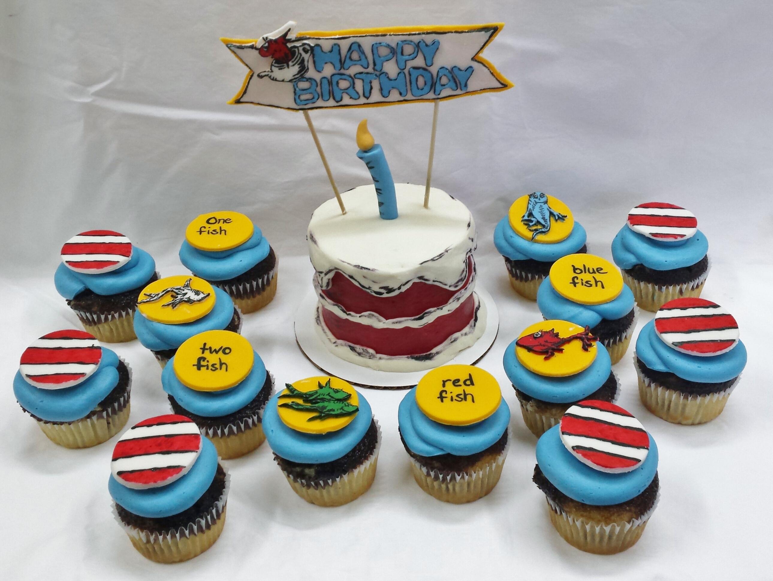 1 Fish 2 Fish Smash Cake & Cupcakes