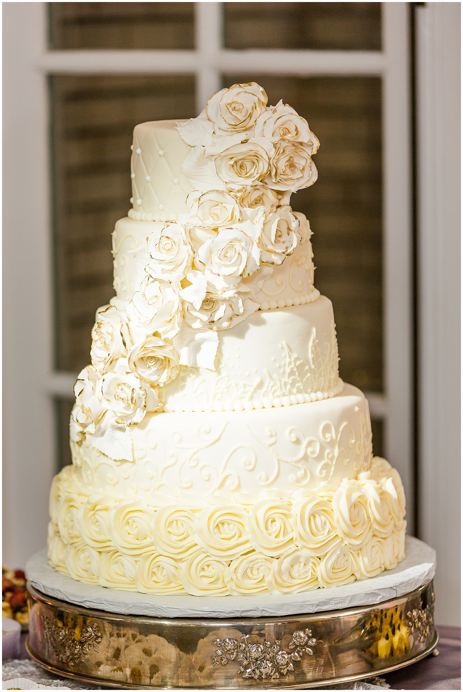 White Gold Tipped Rose Wedding Cake