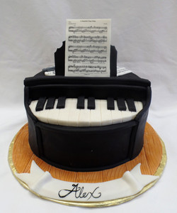 Pianist's Birthday Cake