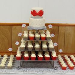 Red & Silver Wedding Cake & Cupcakes