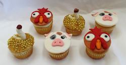 Moana Birthday Cupcakes