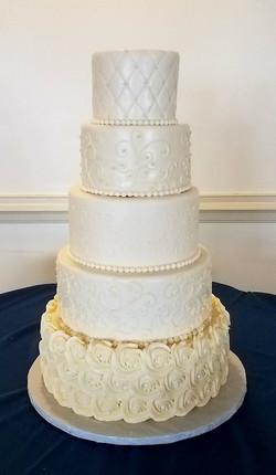 Elegant Wedding Cake w/o Rhinestones