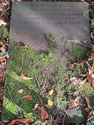 Ardwick Burials Southern Cemetery.jpg