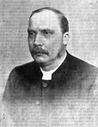 Rev Fergus Hill MA (1890).jpg