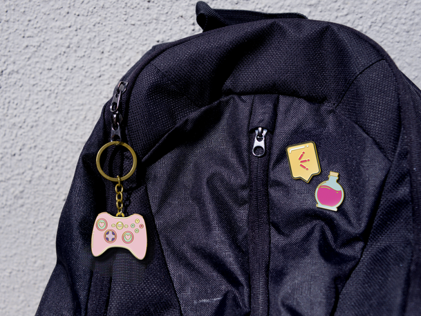 pins_backpack.png