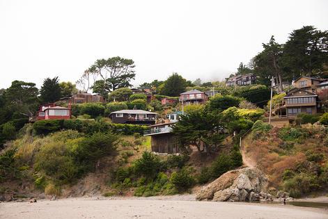 beachhouses_small.jpg