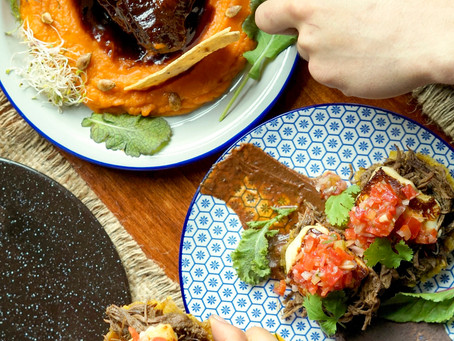 Cena con sabores latinos para celebrar el amor en Ronconcon
