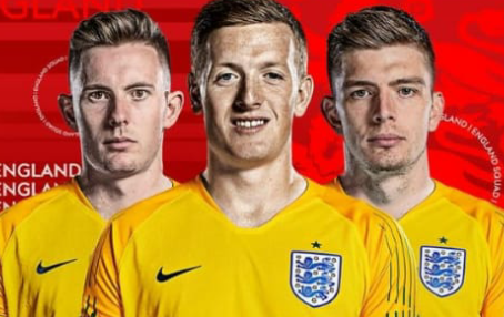 Who deserves to be England's No 1 ?