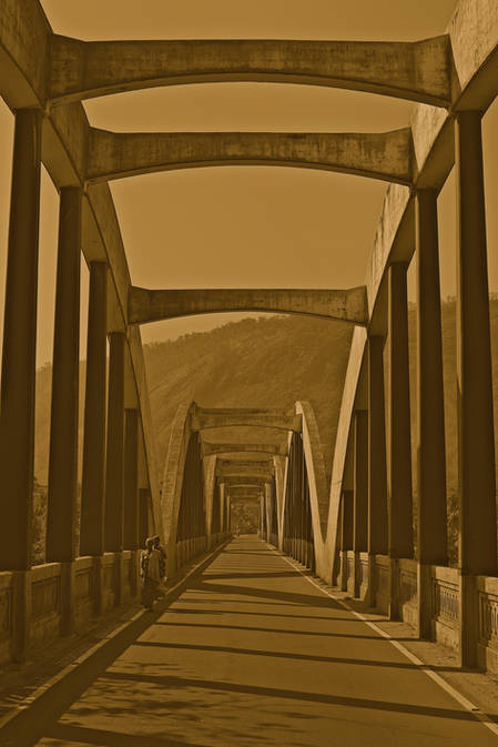 bridge to munnar