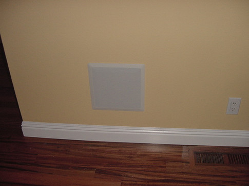 Costello in-wall subwoofer - June 2004.JPG