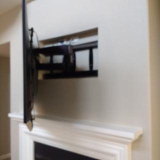 Fejarang job - Fireplace TV Recess - Finish mount in recess, side view