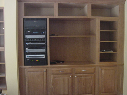 Costello cabinet (with equipment, no TV) - June 2004 (2).JPG
