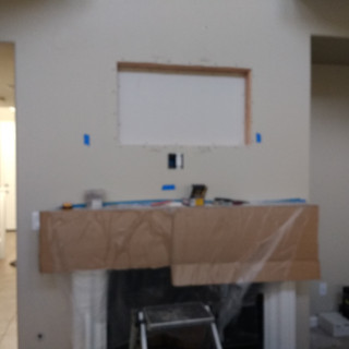 Fejarang job - Fireplace TV Recess (6) - Closed recess, bottom outlet (far shot)