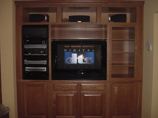 Costello cabinet system (finished) - June 2004 (2).JPG