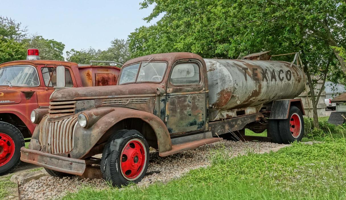 Texaco Tanker in TX