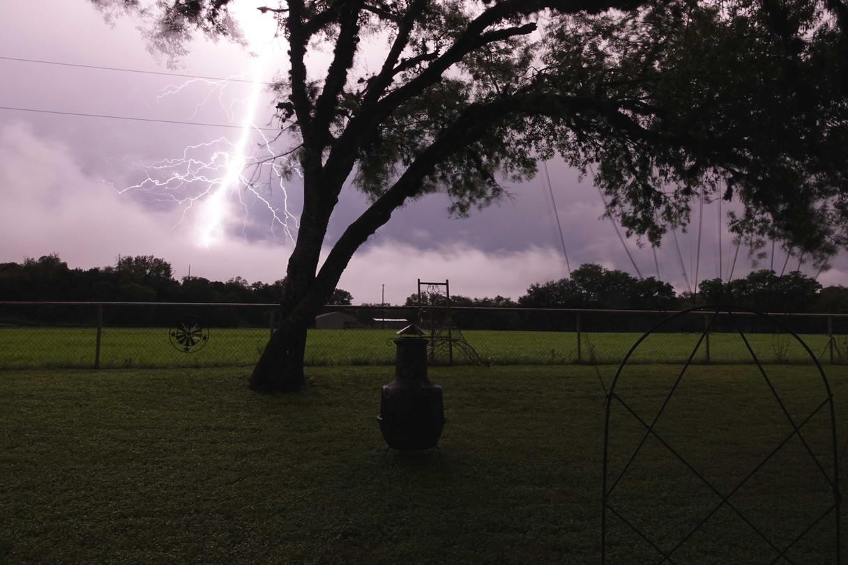 TX Epic Lightning Bolt