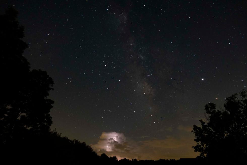 Milky Way lightening Pops.jpg