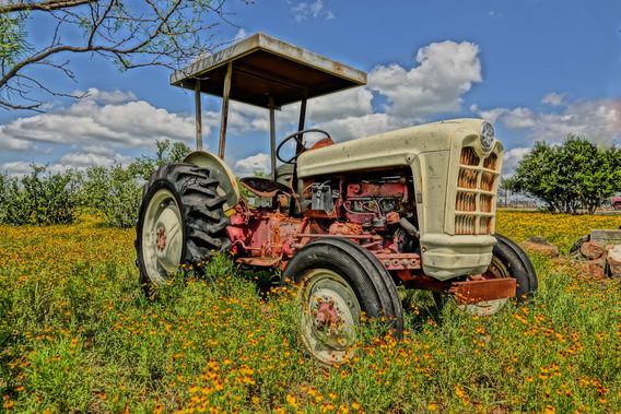 Texas Tractor.jpg