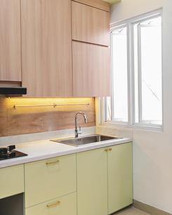 Modern Mimimalist Kitchen Set