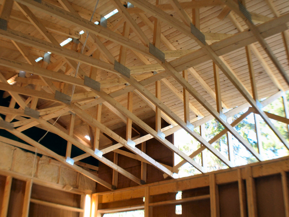 Wooden roofing structure