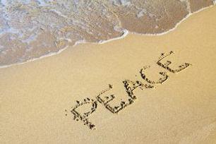 """A frase atribuída a Jesus – """"Não pensem que vim trazer paz à terra; não vim trazer paz, mas espada"""" (Mateus 10:34) – nos remete, inicialmente, à ideia de que estamos frente a um paradoxo.  […]"""