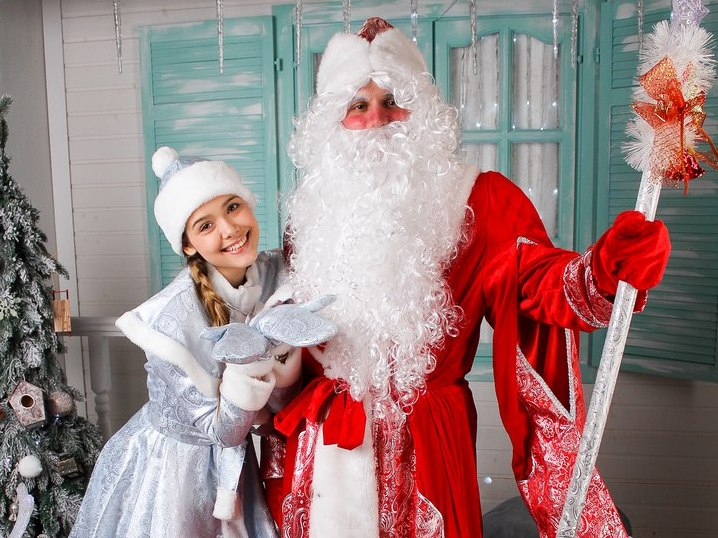 Дед Мороз и Снегурочка-5