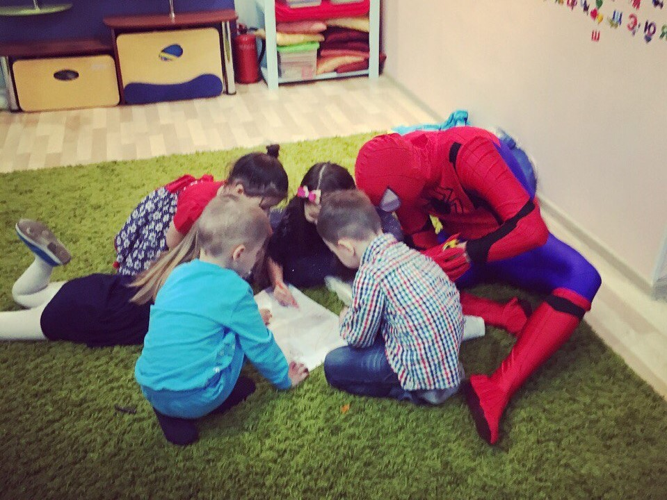 Человек-паук-18