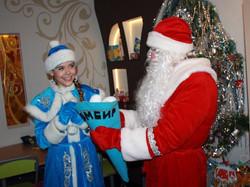 Дед Мороз и Снегурочка-15