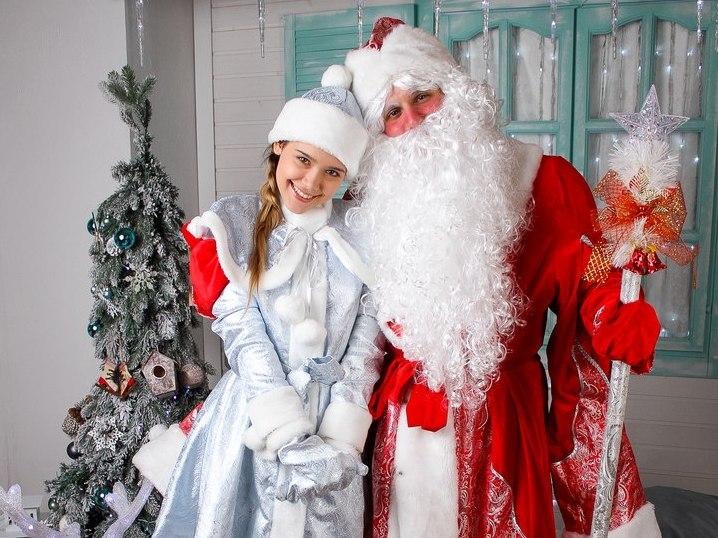 Дед Мороз и Снегурочка-6
