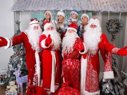 Дед Мороз и Снегурочка-11