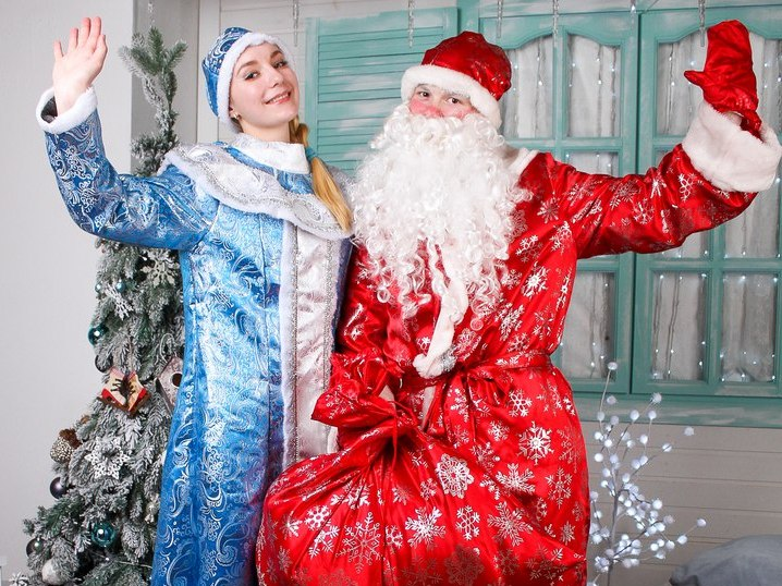 Дед Мороз и Снегурочка-9