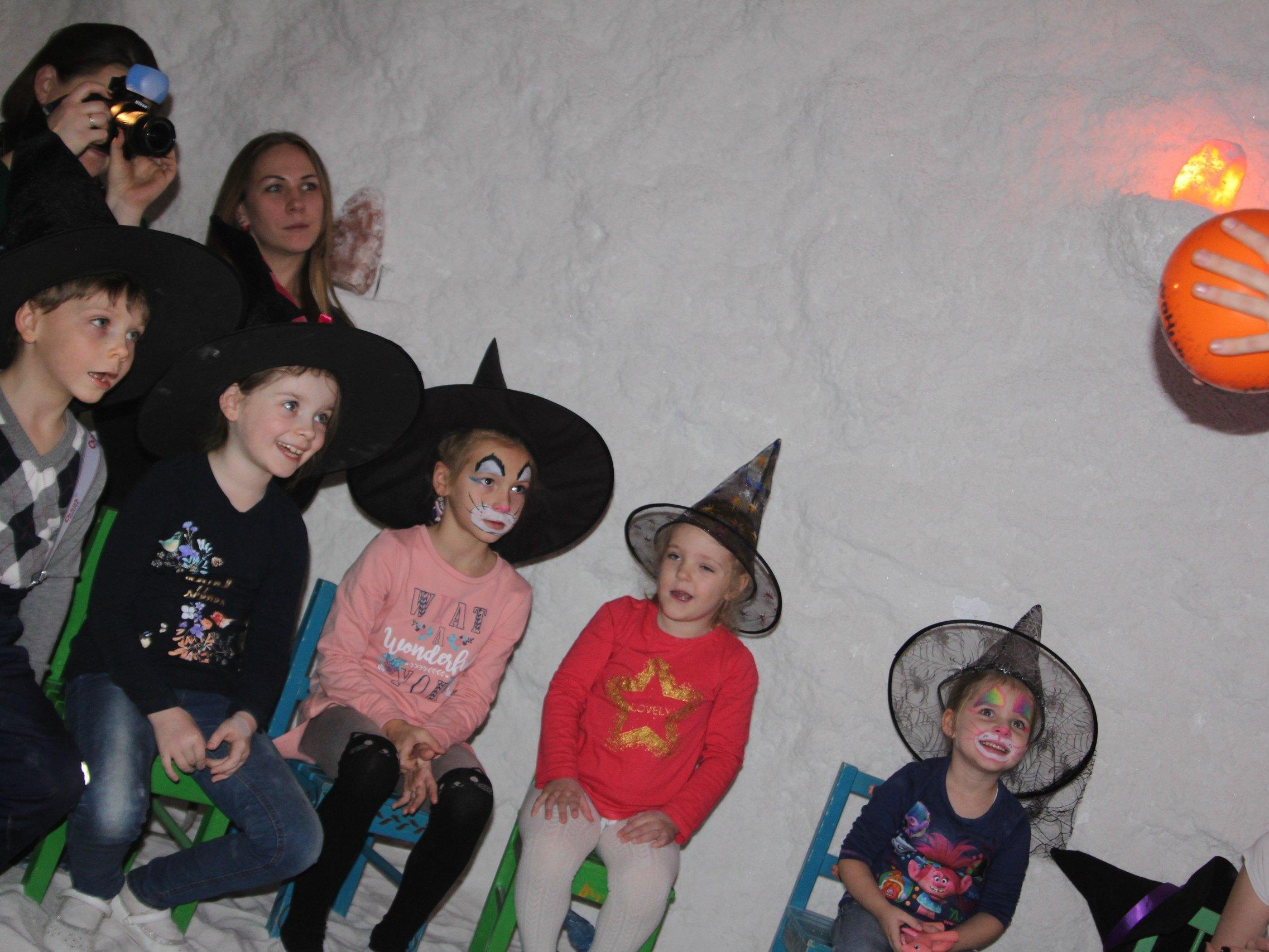 Вечеринка в стиле Хэллоуин-12