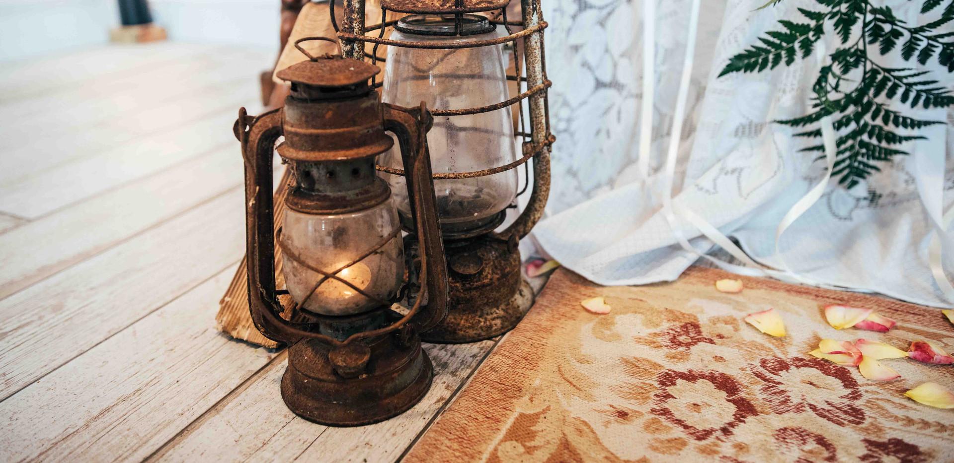 oil lamps sml.jpg