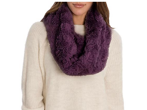 PEACE & PEARLS COZY SCARF