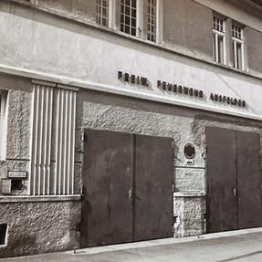 Altes Feuerwehrhaus im jetzigem Wasserverbandsgebäude Mitte der 80er