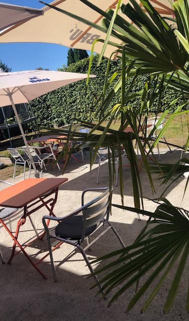 Terrasse ensoleillée 2.jpg