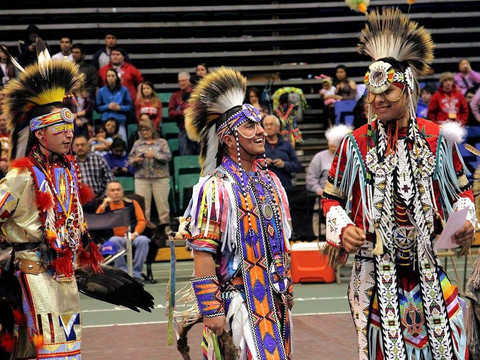 Spring Honor Dance and Powwow Celebration brings tradition back to spring semester