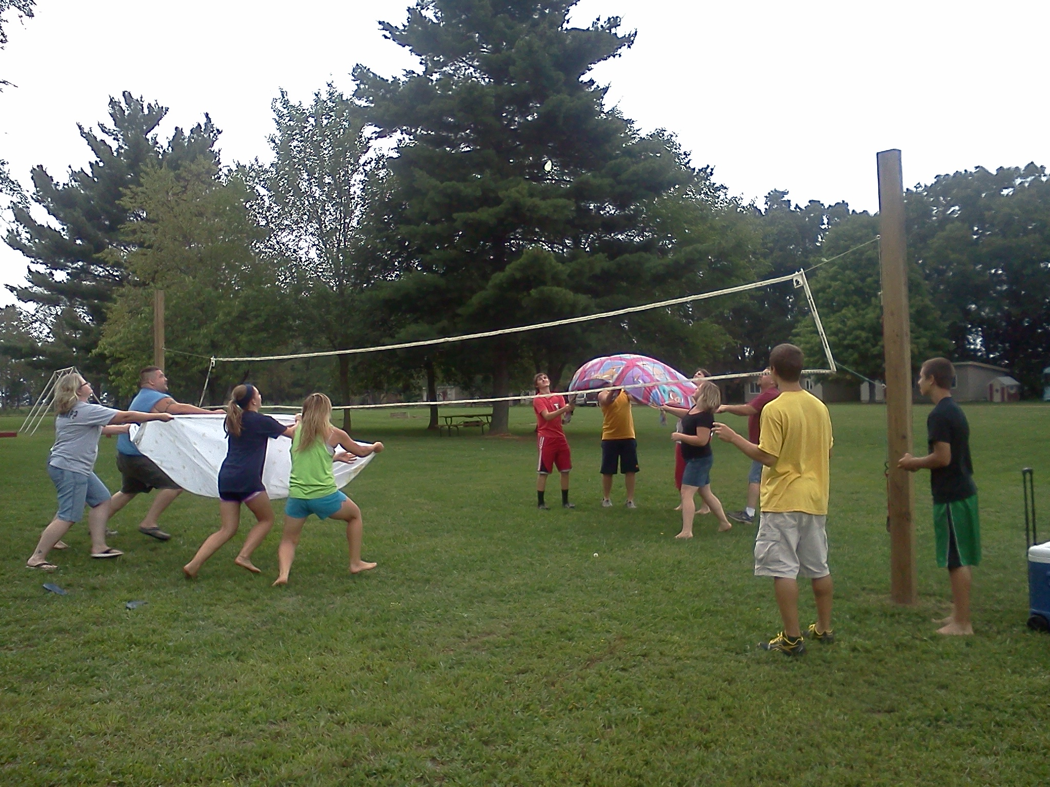 Waterballoon Volleyball