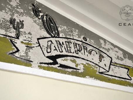 Patrimonio informa sobre la necesidad de restaurar los murales del colegio de niñas de ENSIDESA