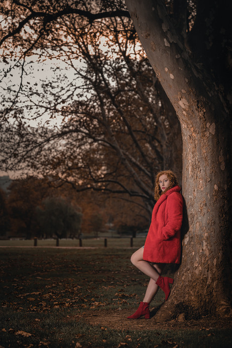 Tiana leaning on the tree-1.jpg